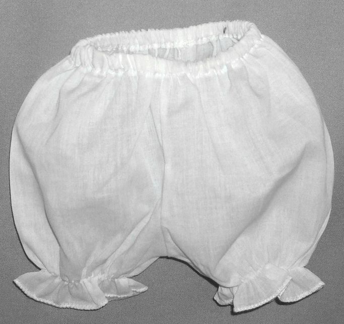 How to Sew Baby Bloomers with Free Pattern howtos DIY Extraordinary ...